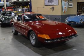 1971 Ferrari 365 GTB/4 Daytona:18 car images available