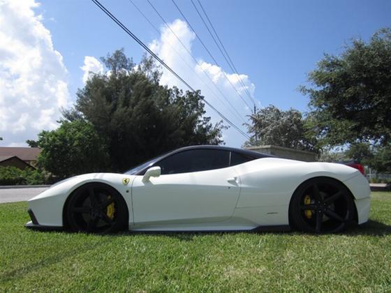 2011 Ferrari 458 Italia:23 car images available