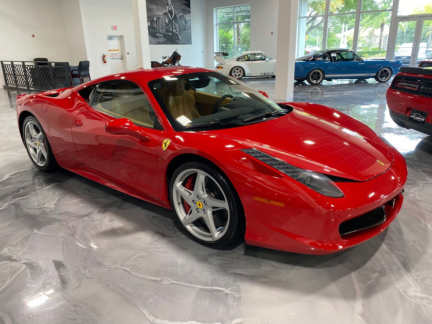 2013 Ferrari 458 Italia:9 car images available