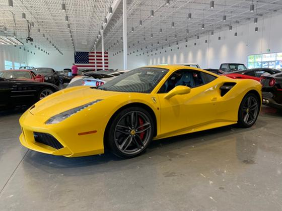 2017 Ferrari 488 GTB:16 car images available