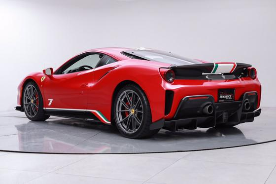 2019 Ferrari 488 Pista Piloti