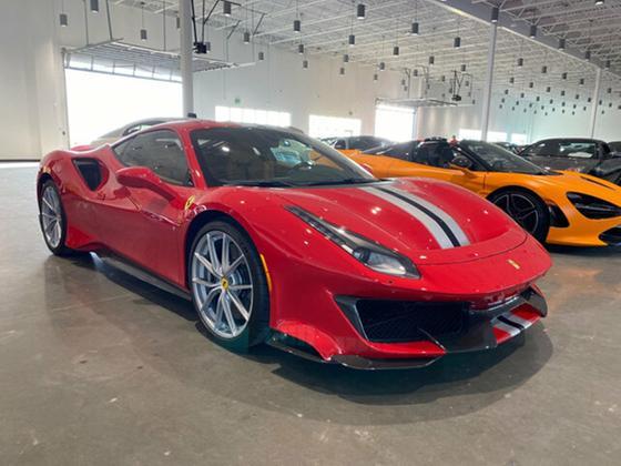 2019 Ferrari 488 Pista:7 car images available