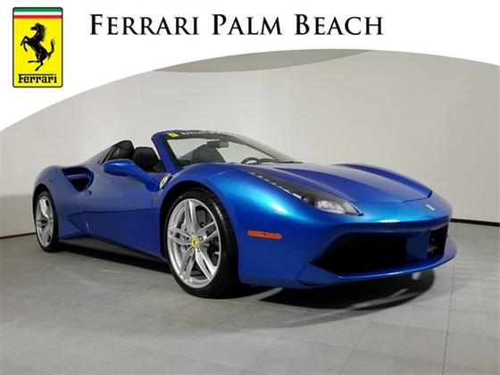 2017 Ferrari 488 Spider:20 car images available