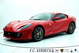 2019 Ferrari 812 Superfast :24 car images available