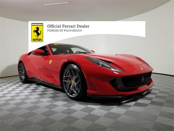 2020 Ferrari 812 Superfast :20 car images available