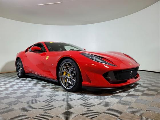 2020 Ferrari 812 Superfast :20 car images available