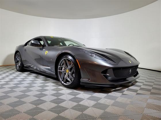 2019 Ferrari 812 Superfast :20 car images available