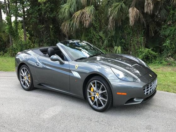 2014 Ferrari California :6 car images available
