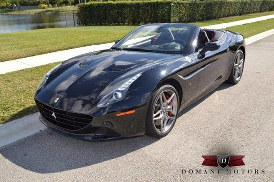 2015 Ferrari California :16 car images available