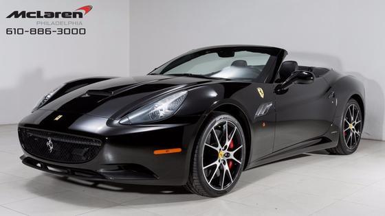 2014 Ferrari California :21 car images available