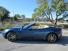 2013 Ferrari California :17 car images available
