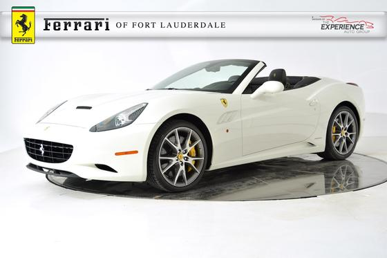 2013 Ferrari California :24 car images available