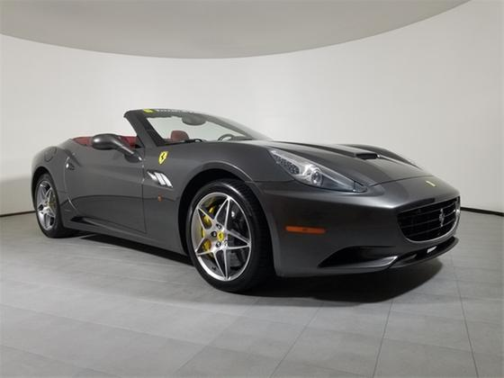 2010 Ferrari California :20 car images available