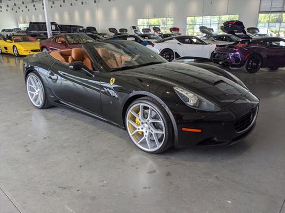 2011 Ferrari California :8 car images available