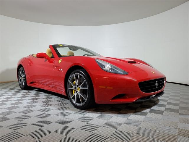 2013 Ferrari California :20 car images available