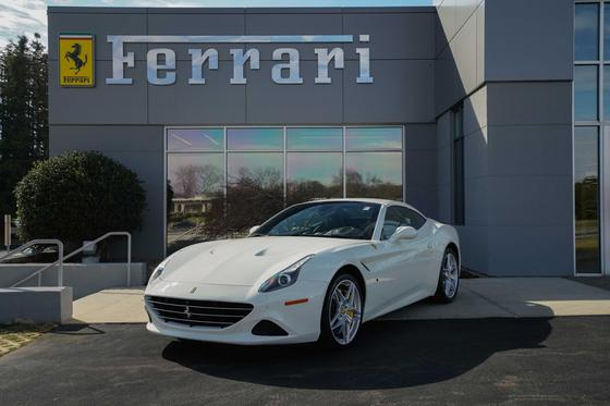 2016 Ferrari California GT:24 car images available