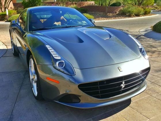 2015 Ferrari California T:10 car images available