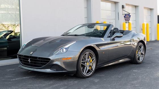 2016 Ferrari California T:13 car images available
