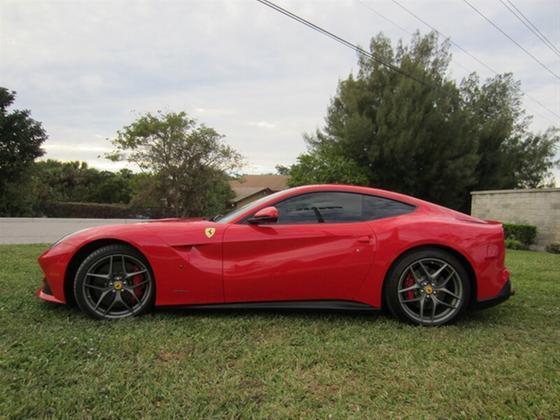 2015 Ferrari F12 :21 car images available