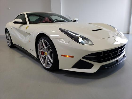 2014 Ferrari F12 Berlinetta:24 car images available