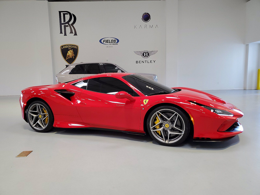 2021 Ferrari F8 Tributo :24 car images available