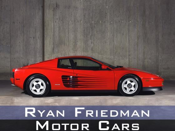 1986 Ferrari Testarossa  : Car has generic photo