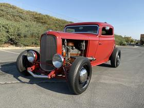 1932 Ford Classics 3 Window Coupe:12 car images available