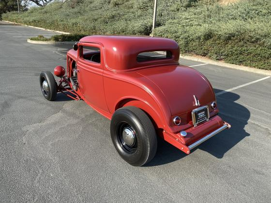 1932 Ford Classics 3 Window Coupe