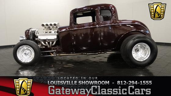 1932 Ford Classics 5 Window Coupe:10 car images available
