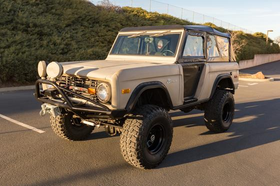 1974 Ford Classics Bronco:9 car images available