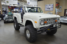 1974 Ford Classics Bronco:12 car images available