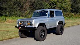1977 Ford Classics Bronco:24 car images available