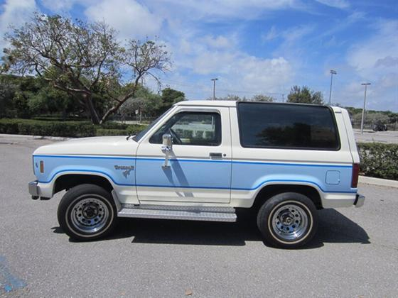 1985 Ford Classics Bronco:19 car images available