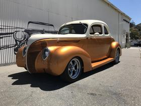1938 Ford Classics Deluxe:9 car images available