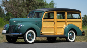 1940 Ford Classics Deluxe:21 car images available