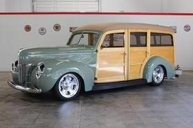 1940 Ford Classics Deluxe:9 car images available