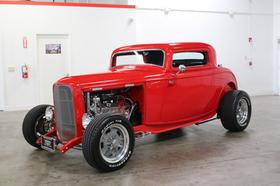 1932 Ford Classics Deuce:12 car images available