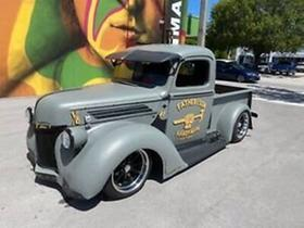1946 Ford Classics F100:4 car images available