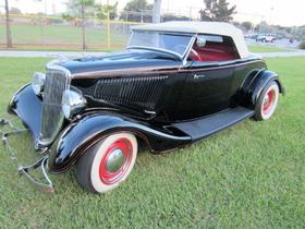 1934 Ford Classics Roadster:24 car images available