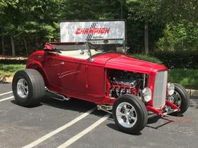 1932 Ford Classics Roadster:24 car images available