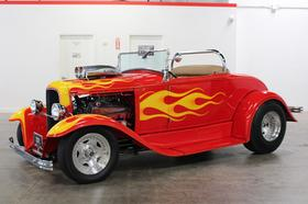 1932 Ford Classics Roadster:12 car images available