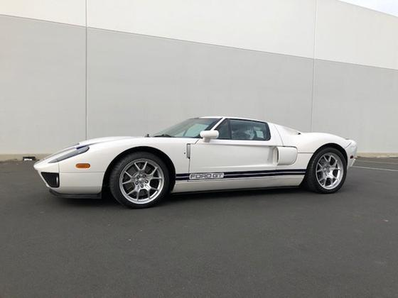 2006 Ford GT :15 car images available