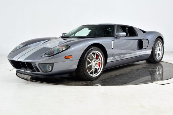 2006 Ford GT :24 car images available