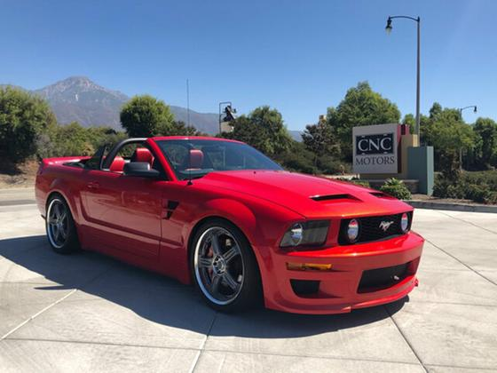 2005 Ford Mustang :24 car images available
