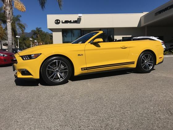 2017 Ford Mustang GT Premium:14 car images available