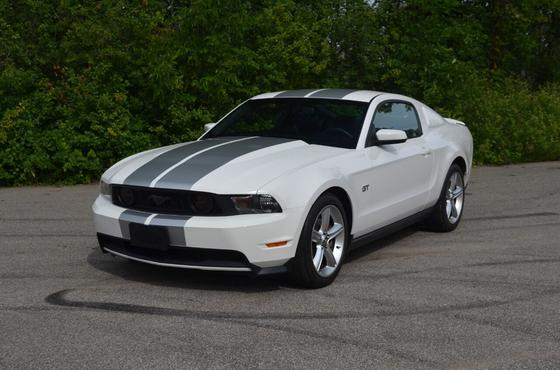 2010 Ford Mustang GT Premium:24 car images available
