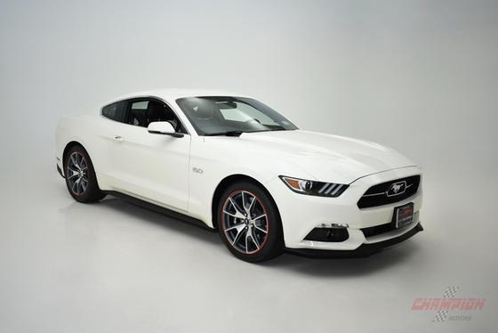 2015 Ford Mustang GT:22 car images available