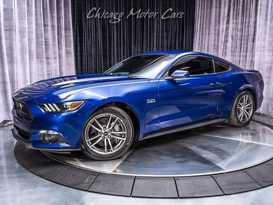 2015 Ford Mustang GT:24 car images available