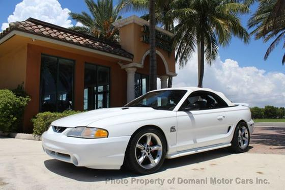 1994 Ford Mustang GT:24 car images available
