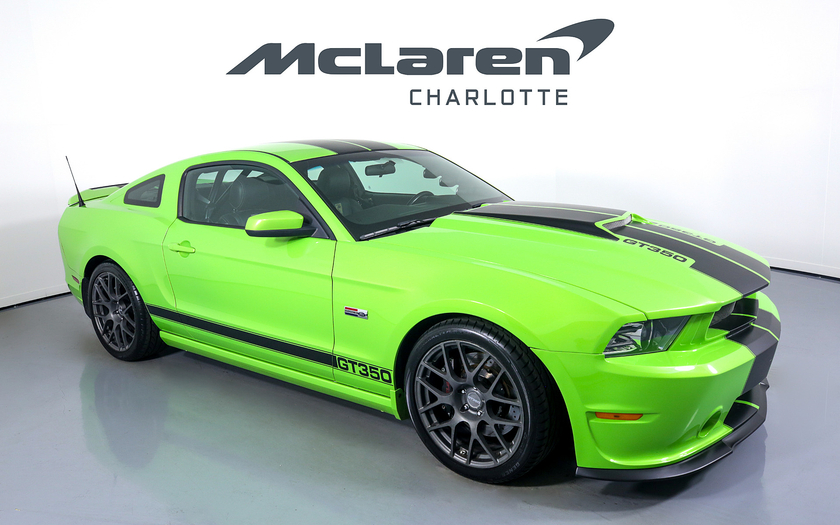 2013 Ford Mustang GT:24 car images available